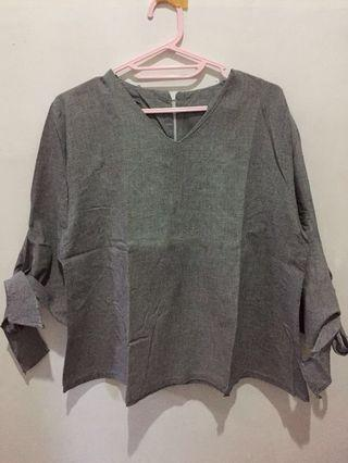 Grey Blouse kotak