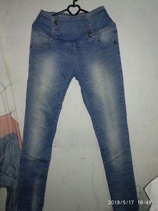 #BAPAU celana jeans kancing