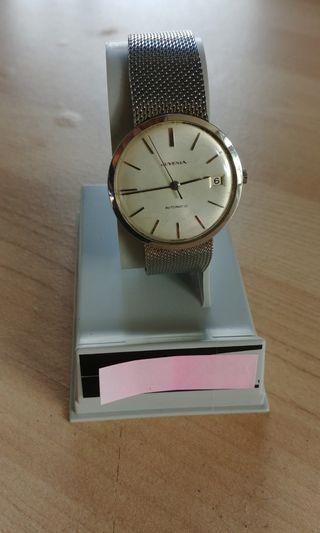 瑞士名錶遭灣拿Juvenia