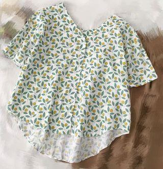 綠黃色碎花扣鈕短袖衫