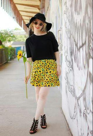 H&M sunflower skirt
