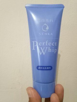 Senka Perfect Whip Mini Size