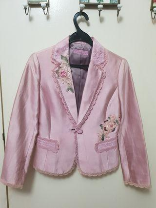 Thai suit and lace working suit
