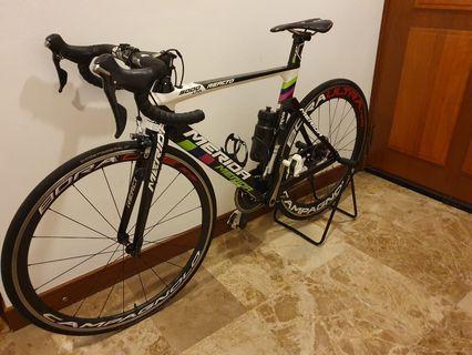 Full carbon road bike Merida Reacto 5000 limited.