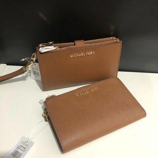 Michael Kors Double Zip Wristlet sz 19x11(muat iphone plus)