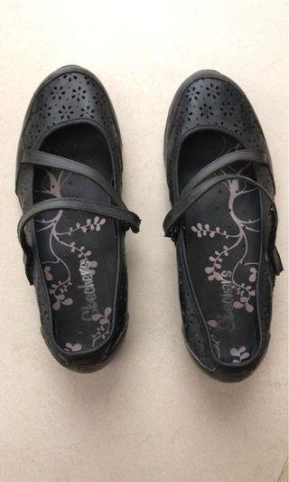 Sketchers summer shoes