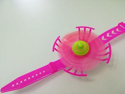 小朋友玩具 風車手錶x2=$2 隨風轉動