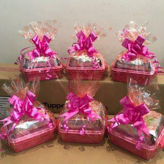 Tupperware Raya Cake Hamper