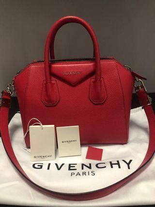 Givenchy Antigona (small, condition: 9/10, non-nego, no trades)