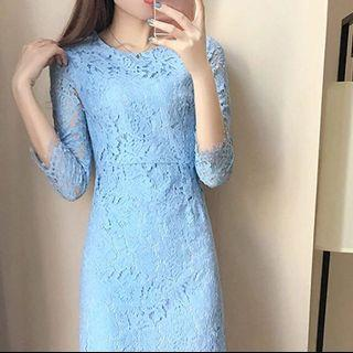 BNWT Baby Blue Long sleeved Lace Midi Dress