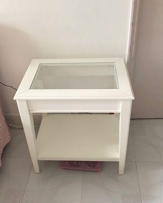 IKEA 茶几白色🧻💡⏰💡