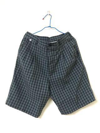 🚚 二手/黑格紋短褲⚫️