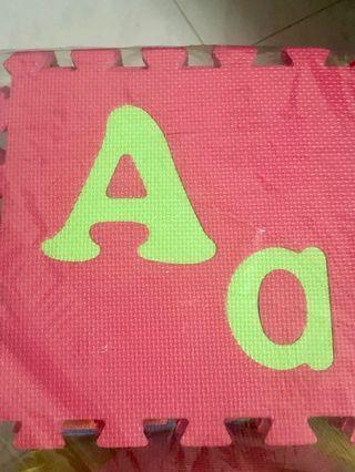 🚚 Alphabet Mat