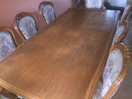 Dining table wooden carved 8 seat