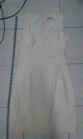 Mng white dress