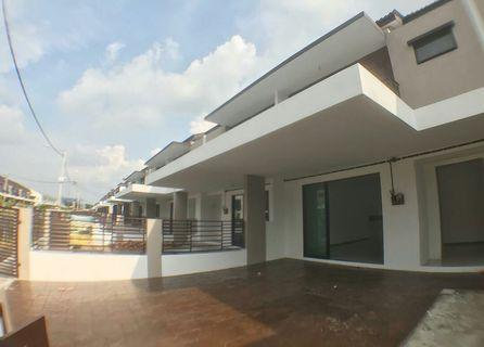 2storey intermediate terrace house