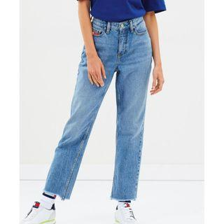 Tommy Hilfiger 90s Mom Jeans 24
