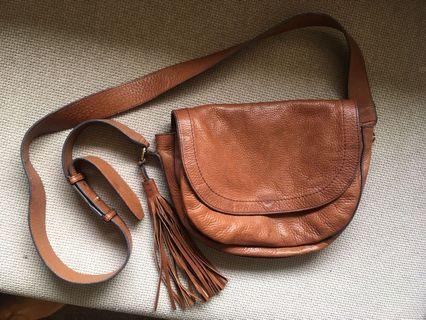 Leather satchel brow