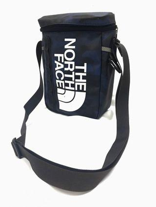 The North Face camo fuse box Sling Bag