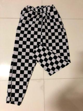 Stretchable Checkered pants ( 3 colours)