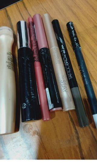 Assorted makeup items