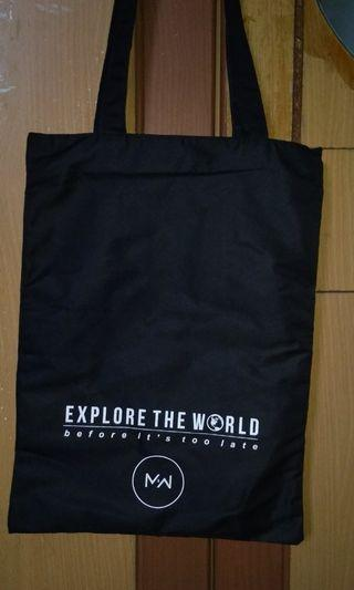 Tote Bag Monday 2 Weekend