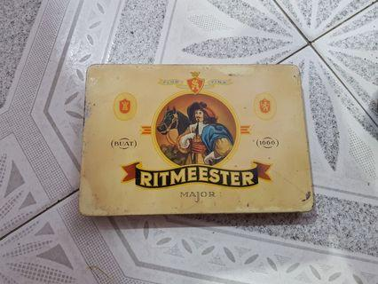 Vintage Ritmeester Major Cigar Tin Box