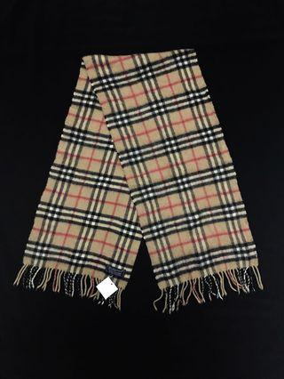 burberrys scarf made in england