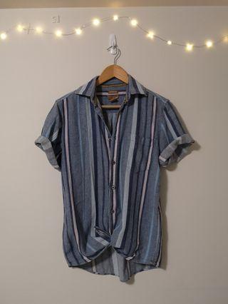 Men's linen top (fits a women's small)