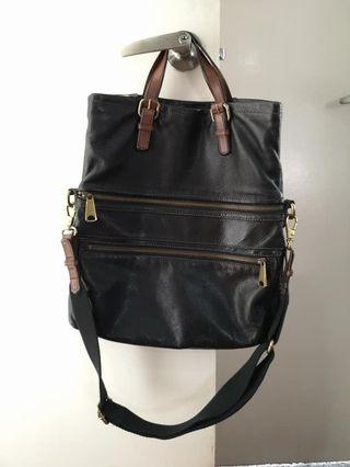 Fossil Leather Messenger Bag (Black)