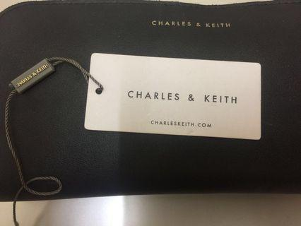 💯 authentic Charles & Keith Purse
