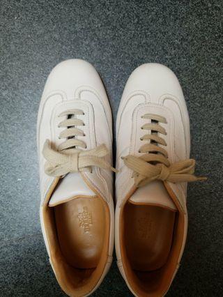 Hermes quick sneakers 38.5