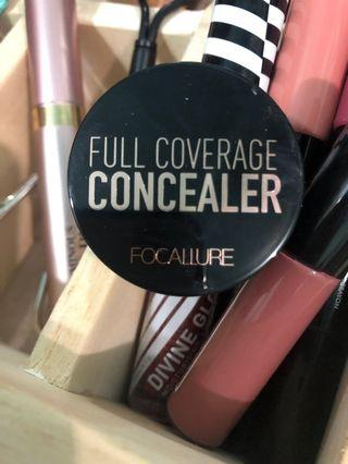 Concealer focallure