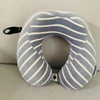 🚚 Travel Neck Pillow