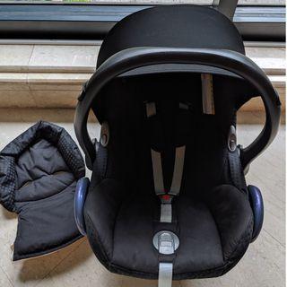 Maxicosi car seat/carried
