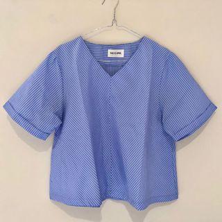 This is April Stripe Shirt Blue