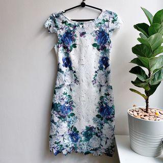 🚚 Lace Floral Dress
