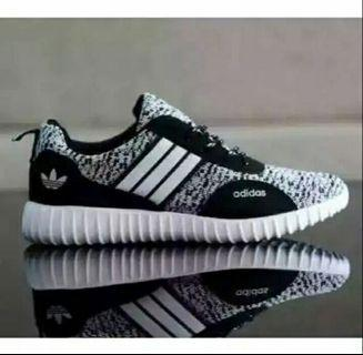 Sepatu Adidas Boost Putih New Model