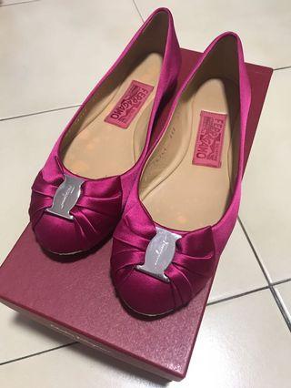 🚚 Ferragamo Agata Rose Fabric Flats