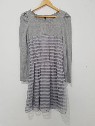 Dress lengan panjang wanita abu abu motif garis dengan pinggang karet ALL SIZE