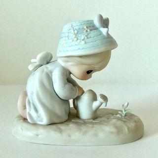 Precious Moments Figurines • Friendships Grows When You Plant A Seed