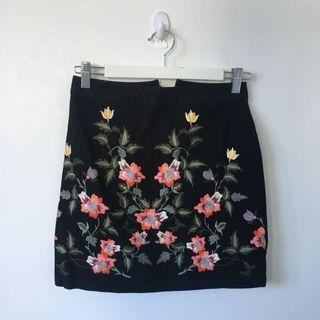 Topshop skirt embroidered