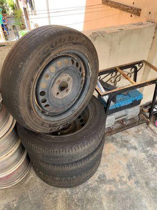 rim besi with tyre
