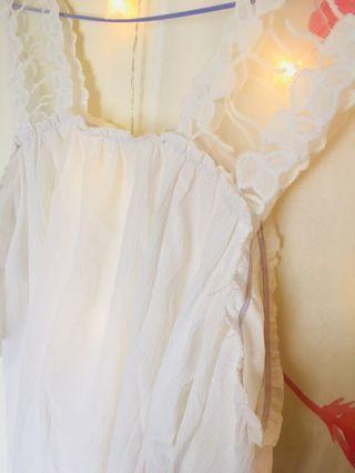 蕾絲吊帶白色短袖上衣