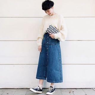 🚚 GU 直排釦單寧長裙