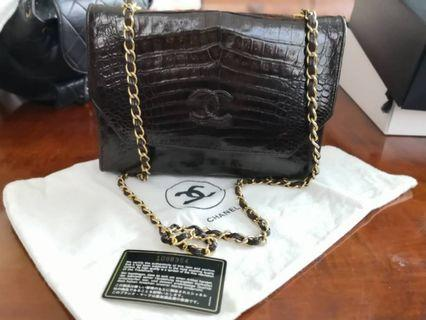 "RARE AUTHENTIC Chanel vintage crocodile 9"" brown bag"