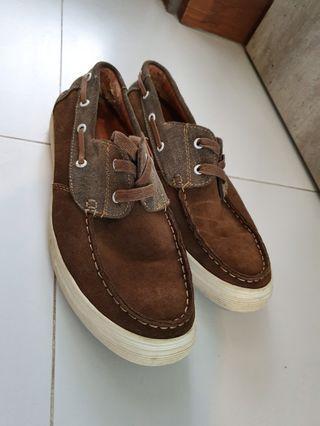 🚚 Men's Beetlebug loafer shoes
