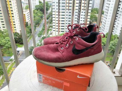 Nike Roshe One (Maroon)