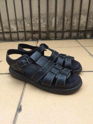 🚚 Dr.martens Carolyn leather sandals 馬丁涼鞋 需整理 台灣未發售