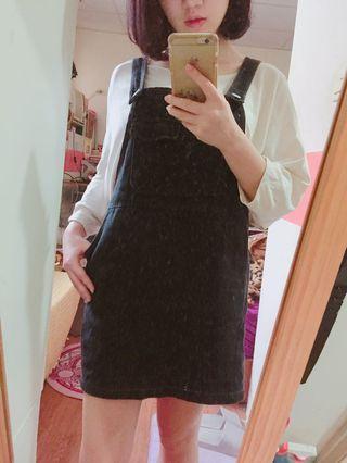 黑色吊帶裙 有口袋~💕